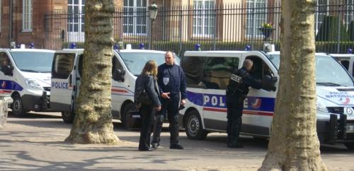 Polizei vor der Oper in Strasbourg